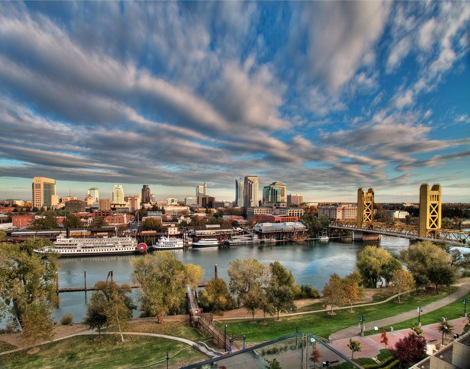 Sacramento FHA Loans and Sacramento FHA Loan RefinancingSacramento FHA Loans and Sacramento FHA Loan Refinancing